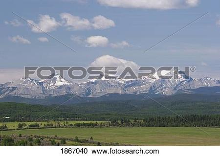 Stock Photography of mountain range and foothills, west of high.