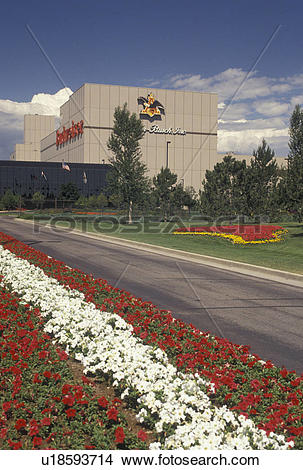 Stock Photo of brewery, beer, Fort Collins, CO, Colorado, Flowers.