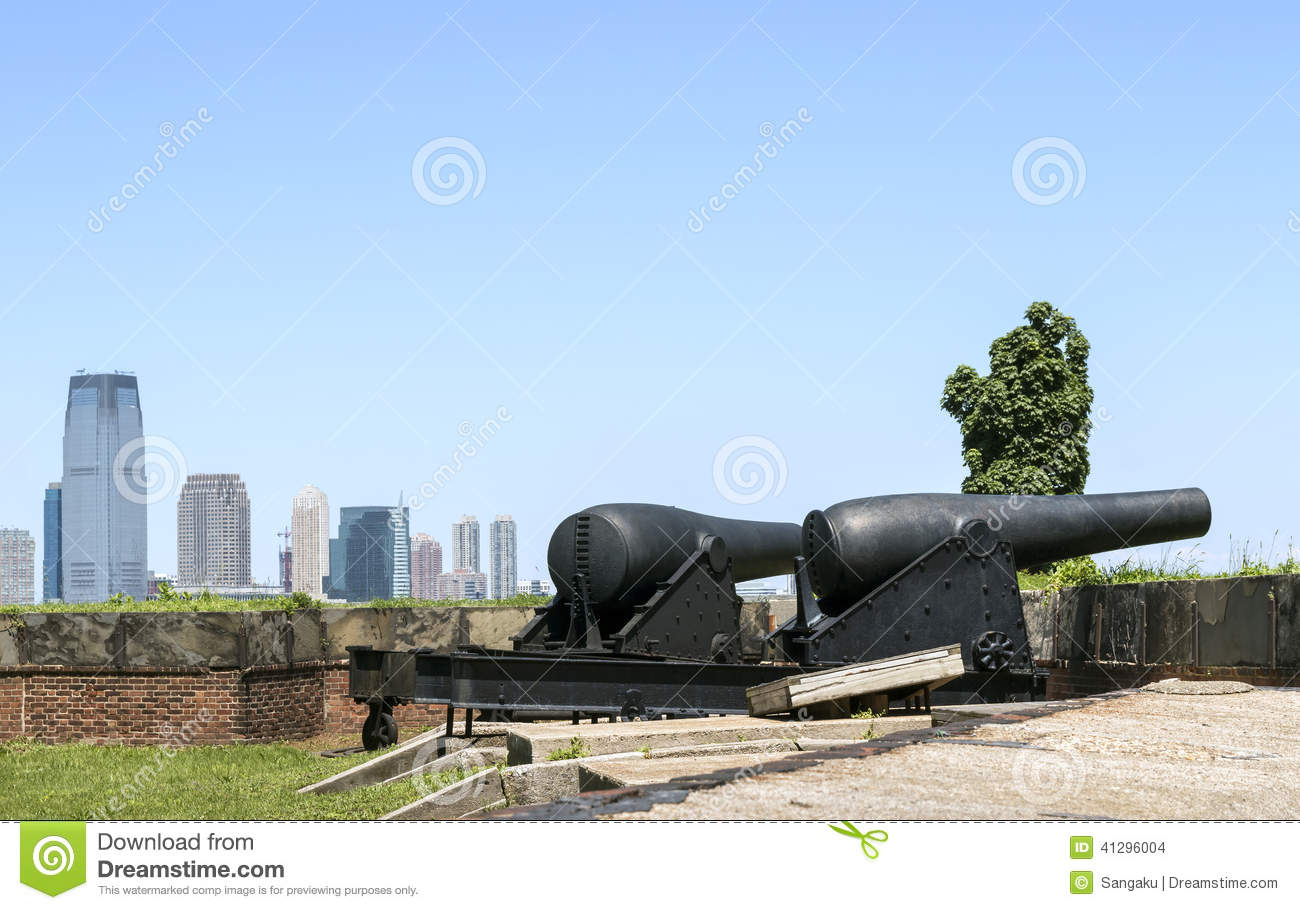 Canons At Fort Jay On Governors Island In New York Harbor Stock.