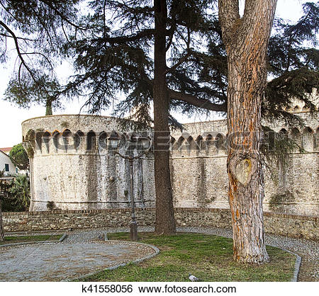 Stock Images of the mighty Pisan Fortezza Firmafede in Sarzana.