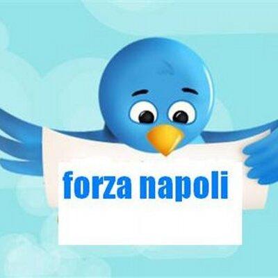 forza napoli (@pocholoco34).