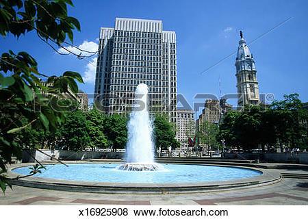 Pictures of USA, Pennsylvania, Philadelphia, JFK Plaza, fountain.