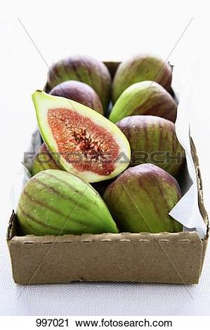 Stock Photography of Fresh figs in cardboard box 997021.