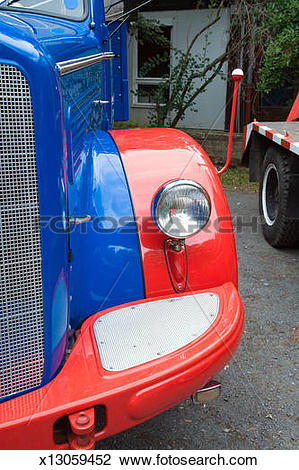 Stock Photo of Oldtimer truck with front light x13059452.