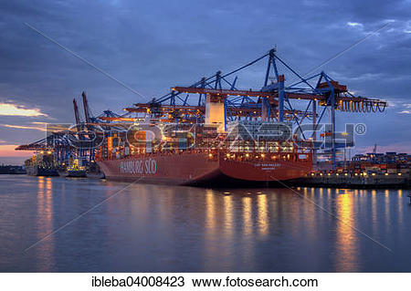 "Stock Photo of ""Fully automatic unloading of container ships."
