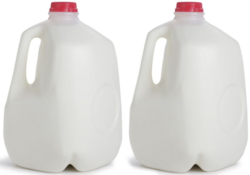 Milk bottle Gallon Milk chugging Cup, milk transparent.
