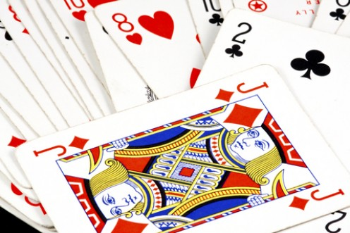 Sevens (Knock! Knock!): Rules for the Fun Family Card Game.