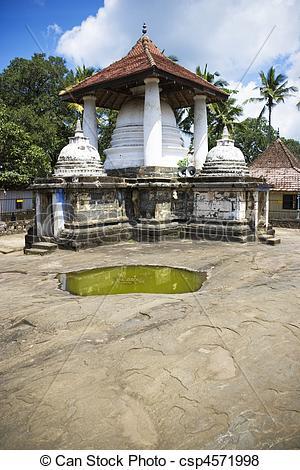 Pictures of Gadaladeniya Temple, Kandy, Sri Lanka.
