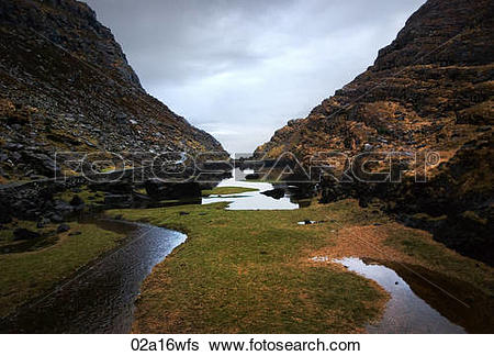 Stock Images of Gap of Dunloe in County Kerry, Eire 02a16wfs.