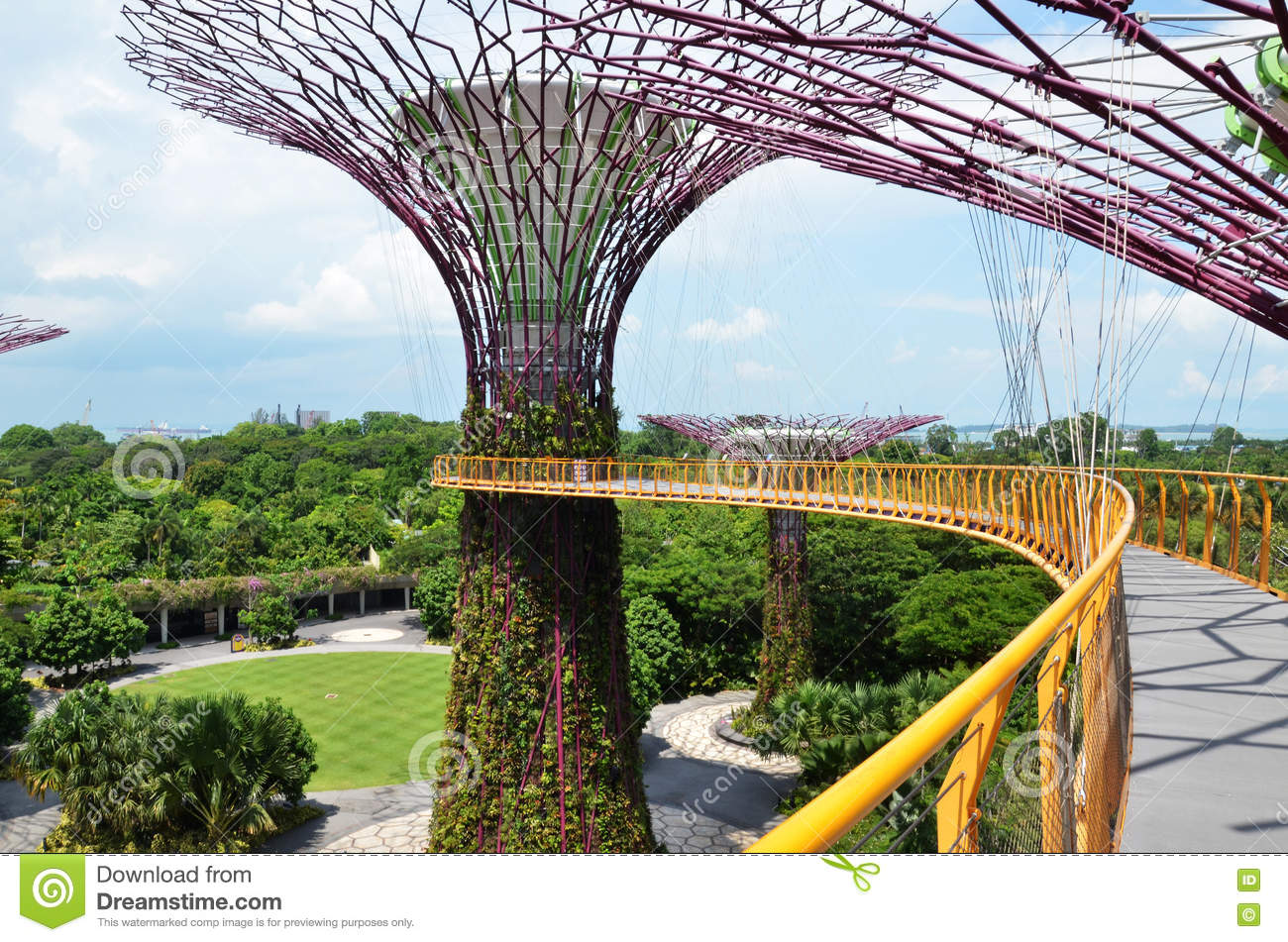 The Supertree Grove At Gardens By The Bay In Singapore Editorial.