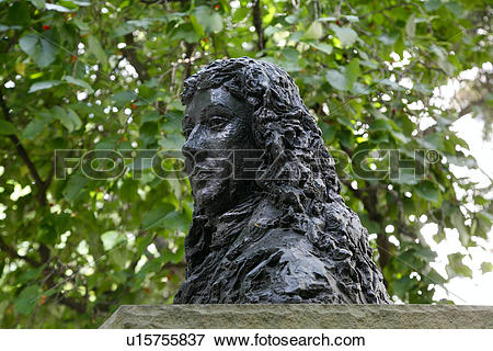 Picture of England, London, Seething Lane Garden. Statue of Samuel.