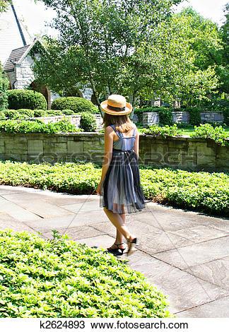 Stock Photo of Garden walk k2624893.