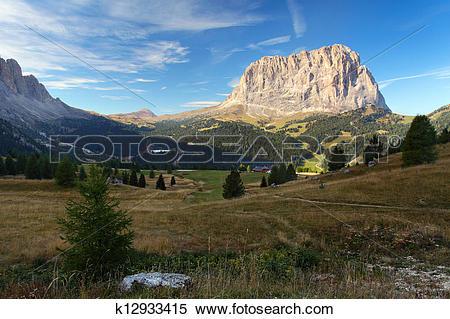 Stock Image of Gardena valley and Sassolungo (Langkofel) in.