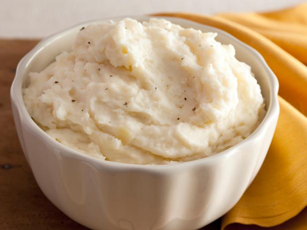 Creamy Garlic Mashed Potatoes Recipe.