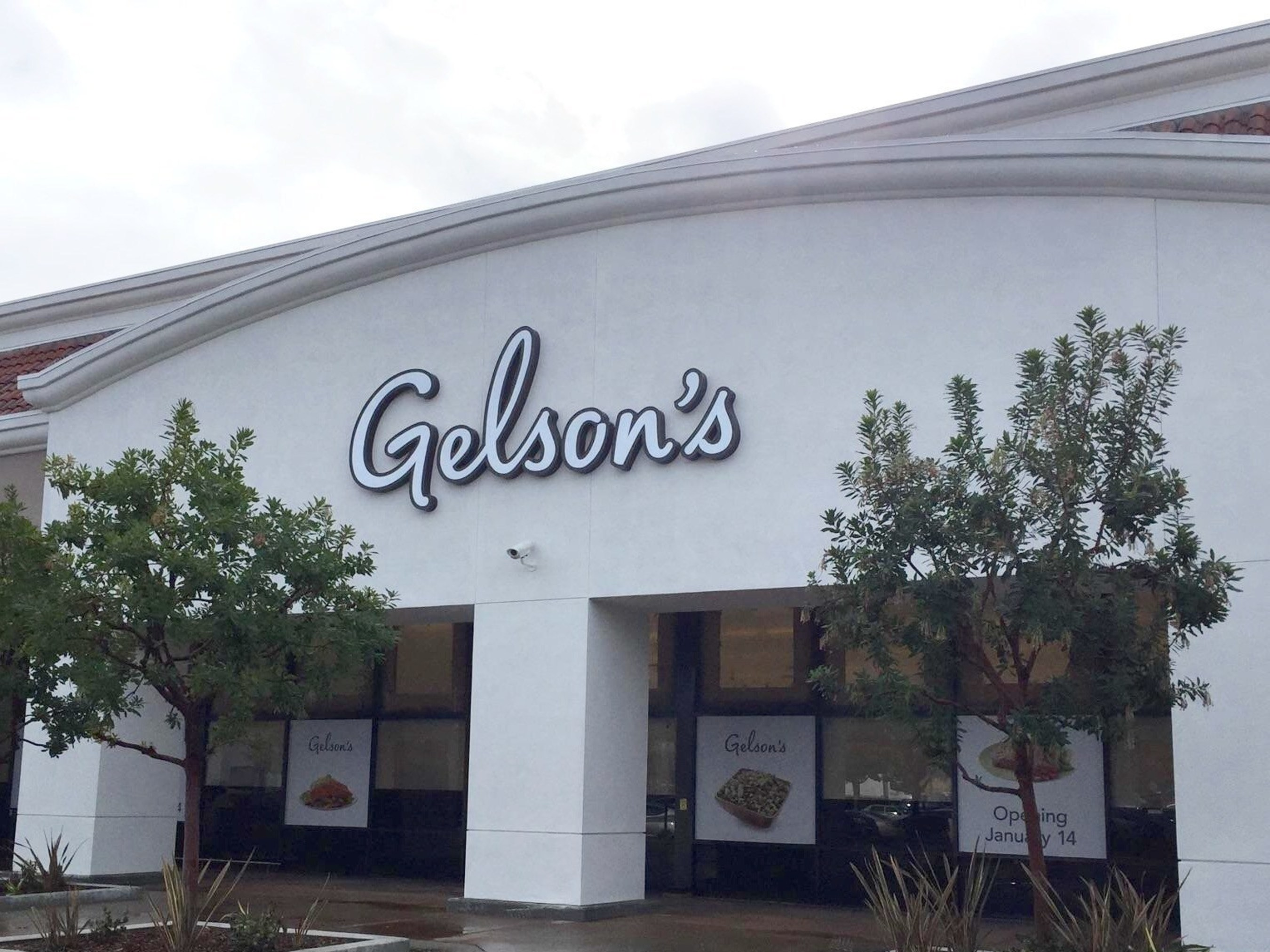 Highly Anticipated Gelson\'s Markets to Celebrate Grand.