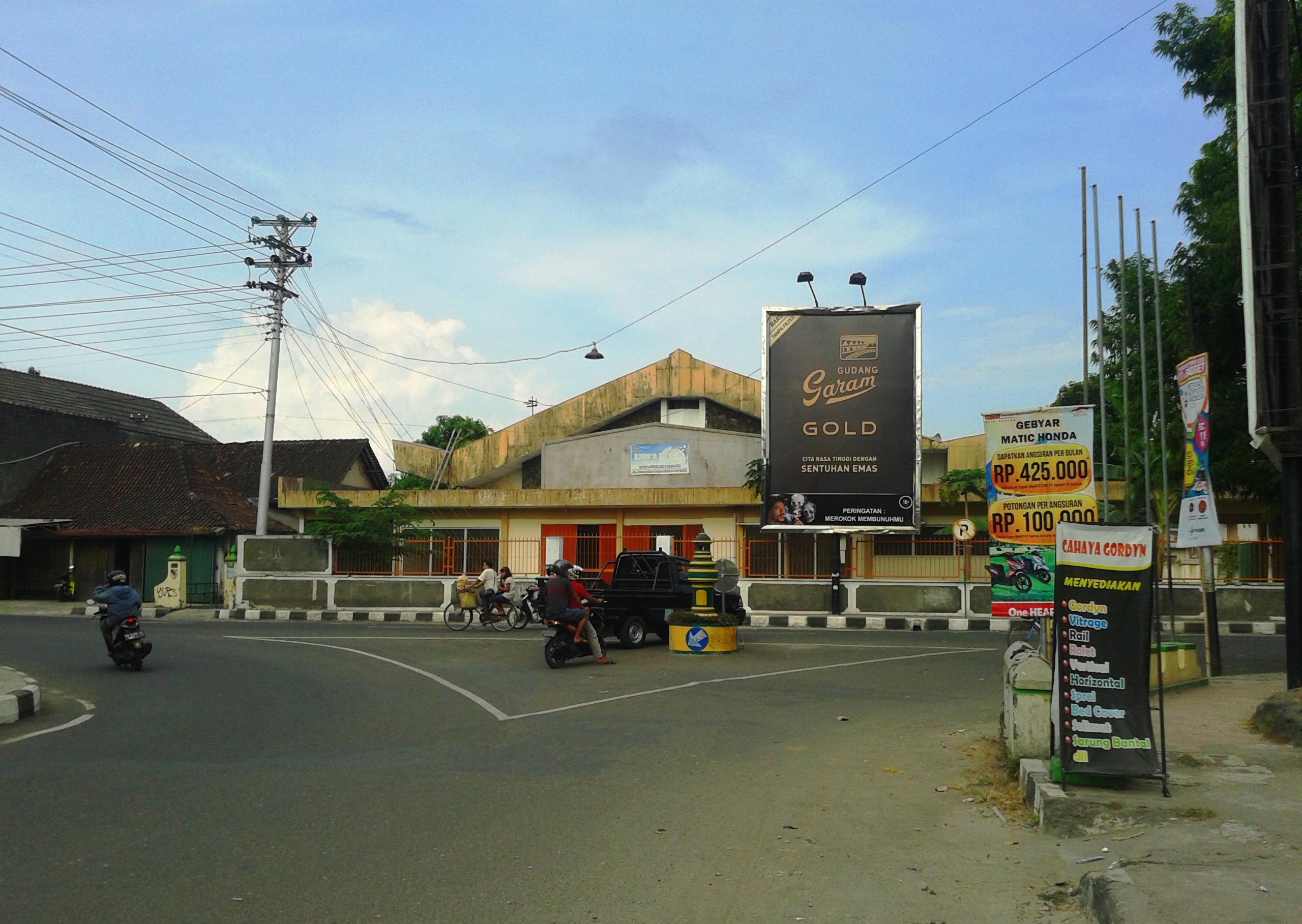 Di perjalanan menuju Goa Kiskendo, Girimulyo, Kulonprogo, beberapa.