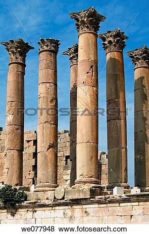 Pictures of The Temple of Artemis, Jerash, Gerasa Roman Decapolis.