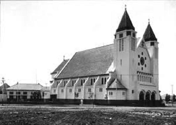 Gereja Katedral Ijen.