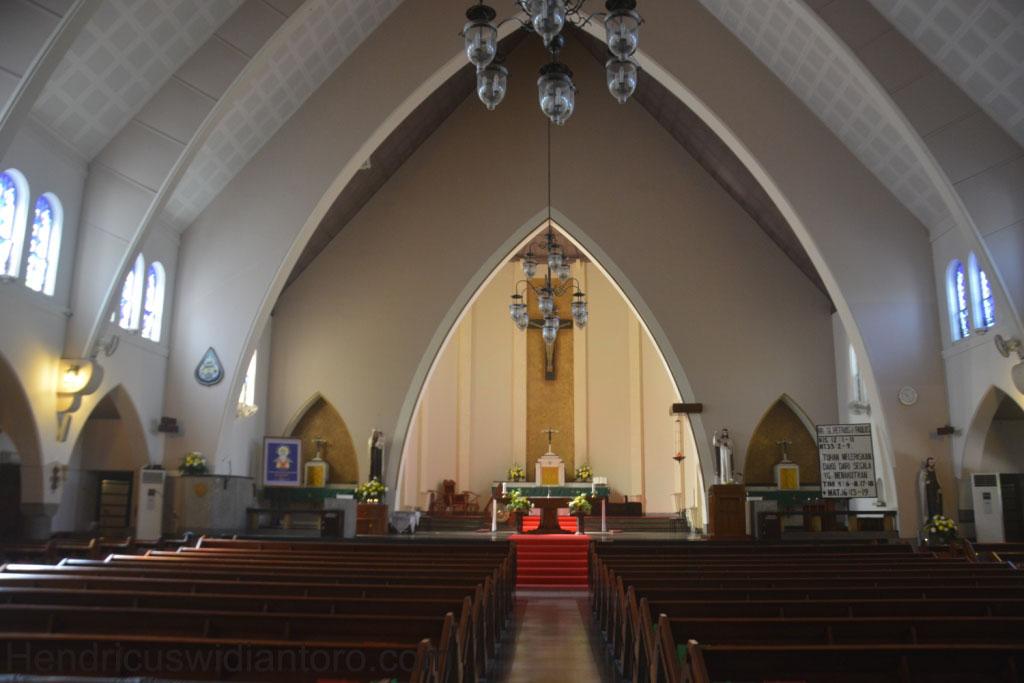 Perjalanan Rohani Bagian 2: Menengok Gereja Ijen Katedral Malang.