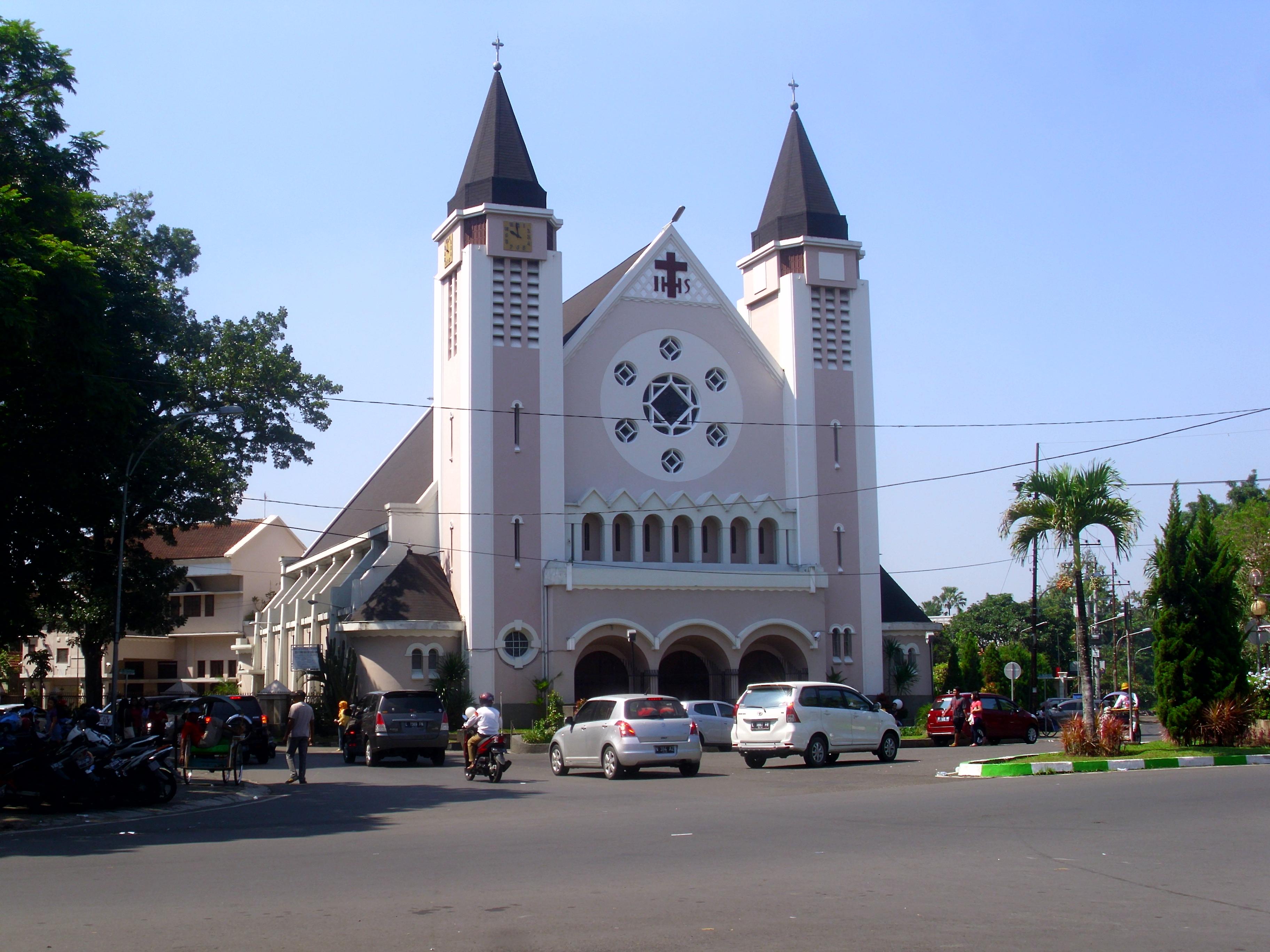 """Gereja """"Ijen"""" Santa Perawan Maria dari Gunung Karmel #Malang."""
