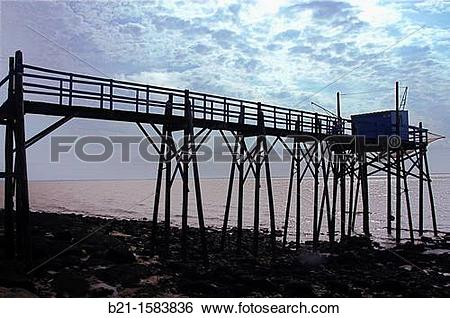 Stock Images of ?Carrelet? fishing platform on the Gironde estuary.