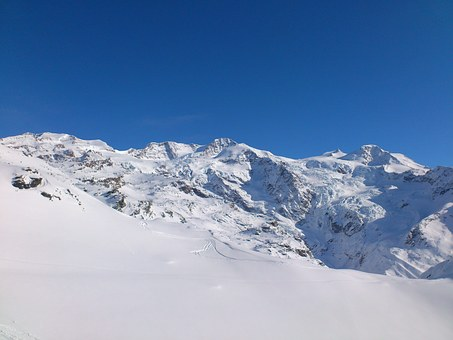 Snowboard.
