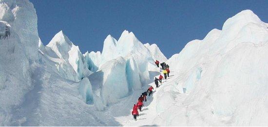 Glacier walking in Svellnosbreen.