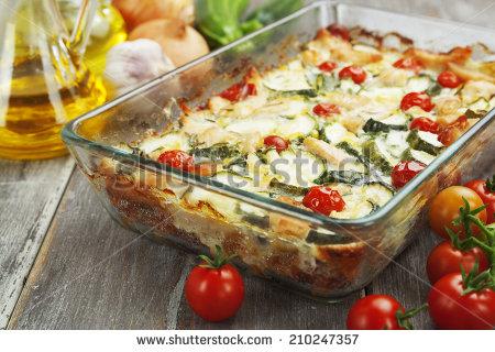 Baking Dish Banco de imágenes. Fotos y vectores libres de derechos.
