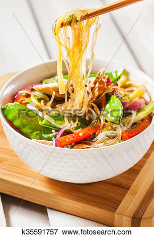 Picture of Glass noodles with vegetables and chicken k35591757.