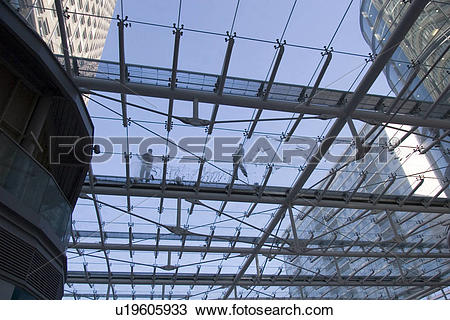Stock Photo of England, London, Victoria, Cleaning the glass roof.
