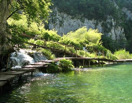 Plitvice lakes clipart.