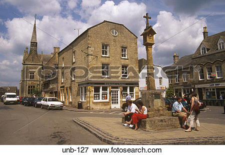 Picture of Market Cross and Town Hall Stow on the Wold.