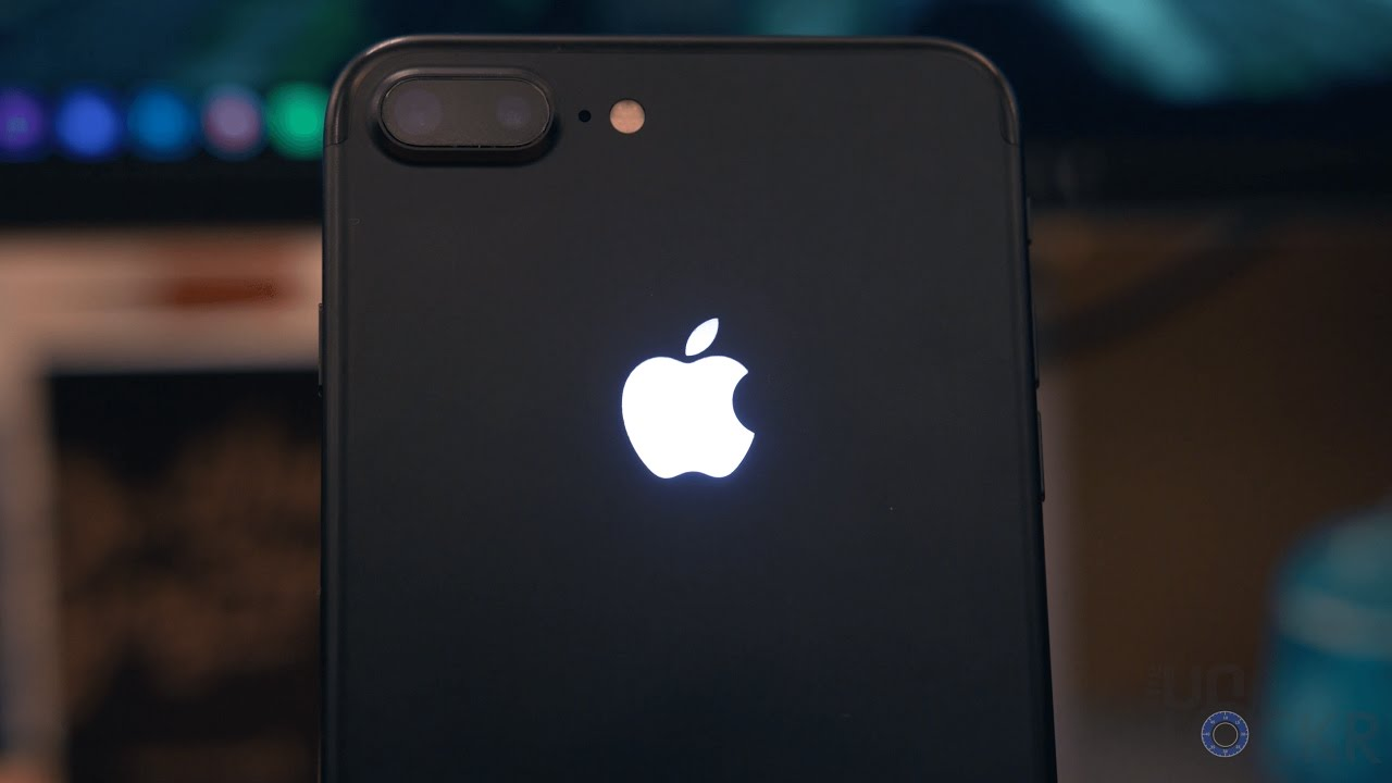 How to give your iPhone 7 a glowing Apple logo.