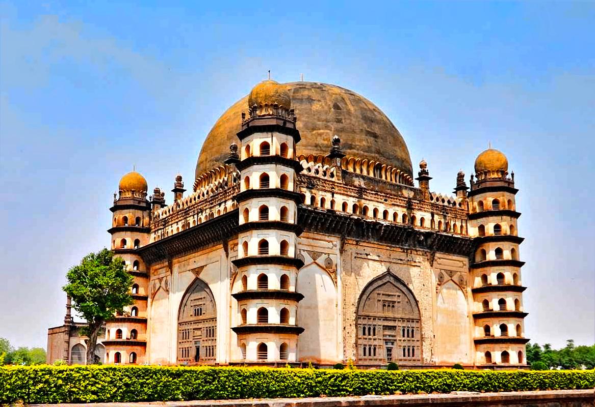 Explore India Holiday.