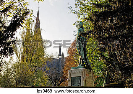 Pictures of JOHANN WOLFGANG VON GOETHE MONUMENT AND ST.