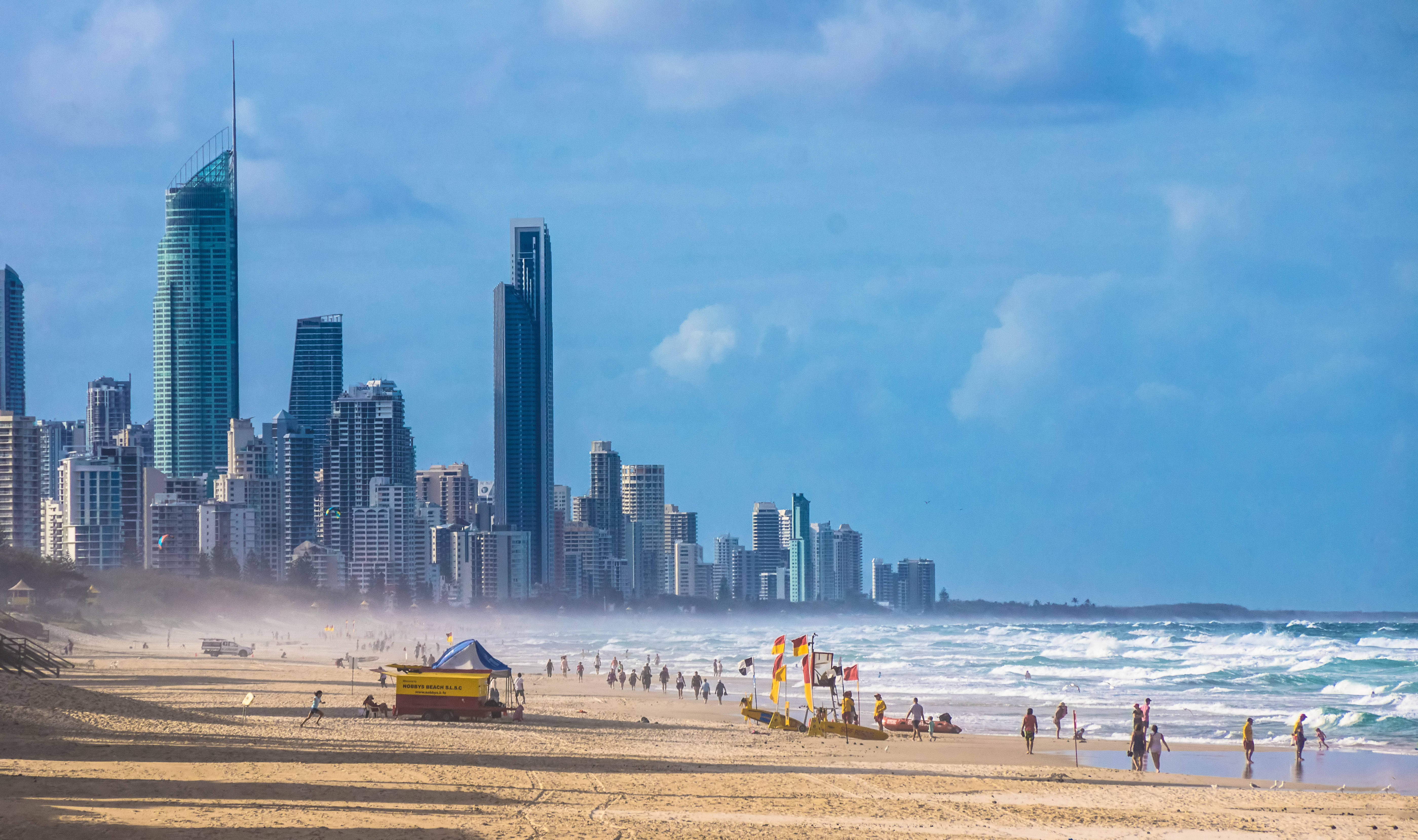 Gold Coast Nightlife Precinct #2x1TWx.