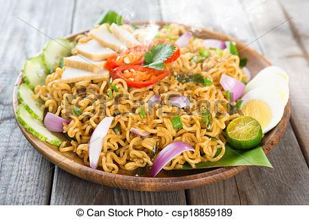 Pictures of Malaysian cuisine maggi goreng mamak.
