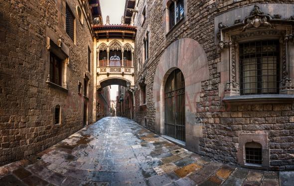 Barri Gothic Quarter and Bridge of Sighs in Barcelona, Catalonia.