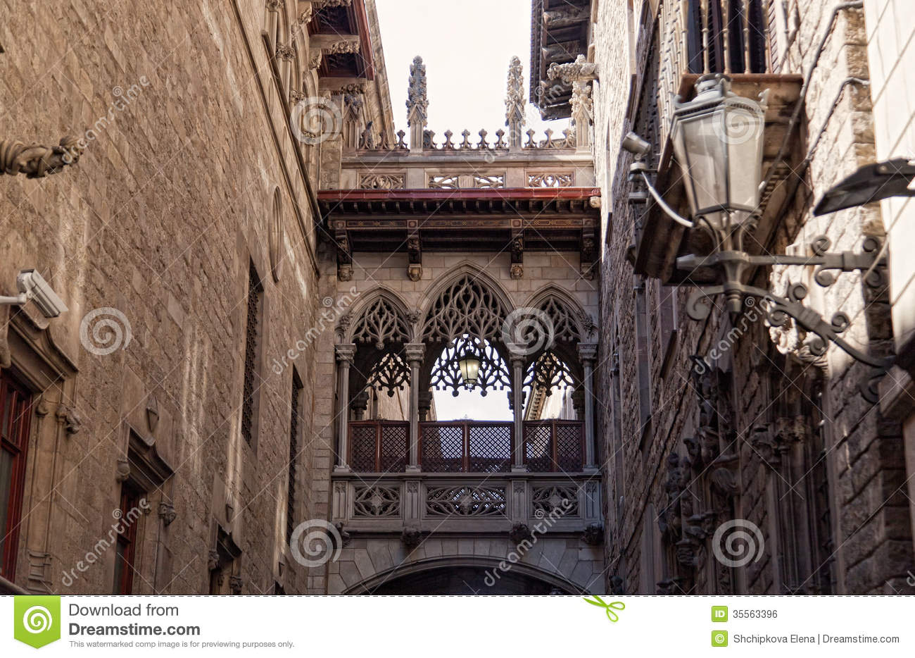 Street In Gothic Quarter Of Barcelona At Night Stock Photo.