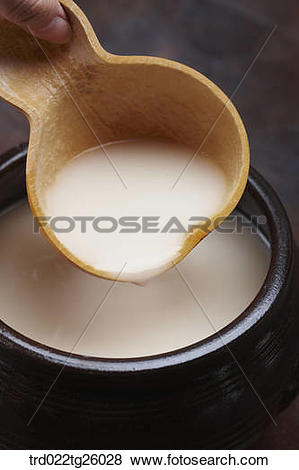 Stock Illustration of gourd cup and Korean traditional alcohol.