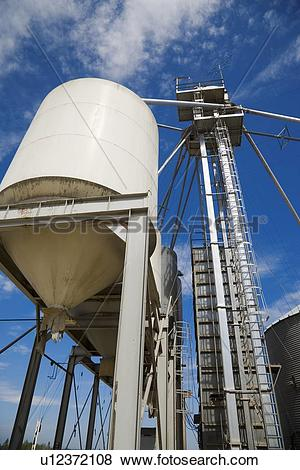 Pictures of Grain storage tower u12372108.