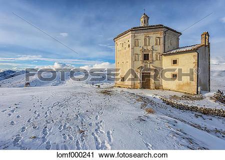 Stock Photography of Italy, Abruzzo, Gran Sasso e Monti della Laga.