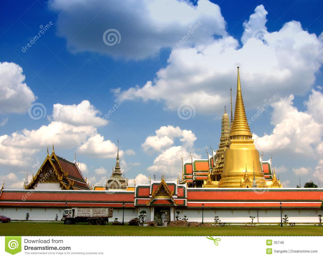 Wat Phra Kaeo, Grand Palace (Bangkok, Thailand) Royalty Free Stock.