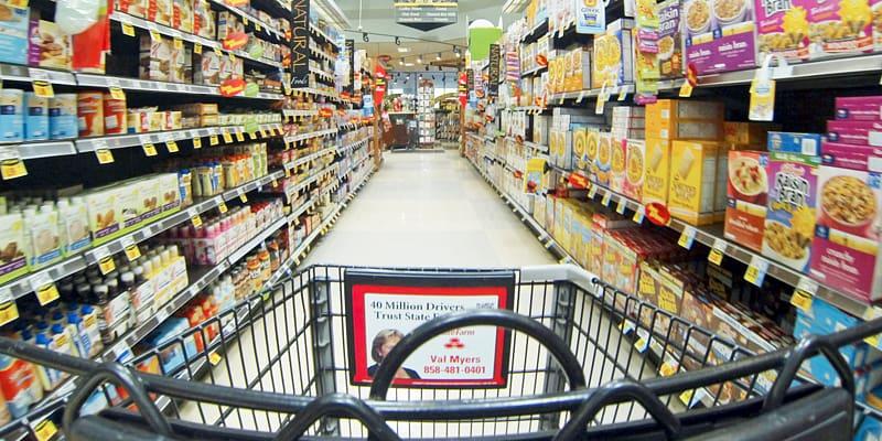 Grocery store Kroger Retail Supermarket Cashier, Store Shelf.