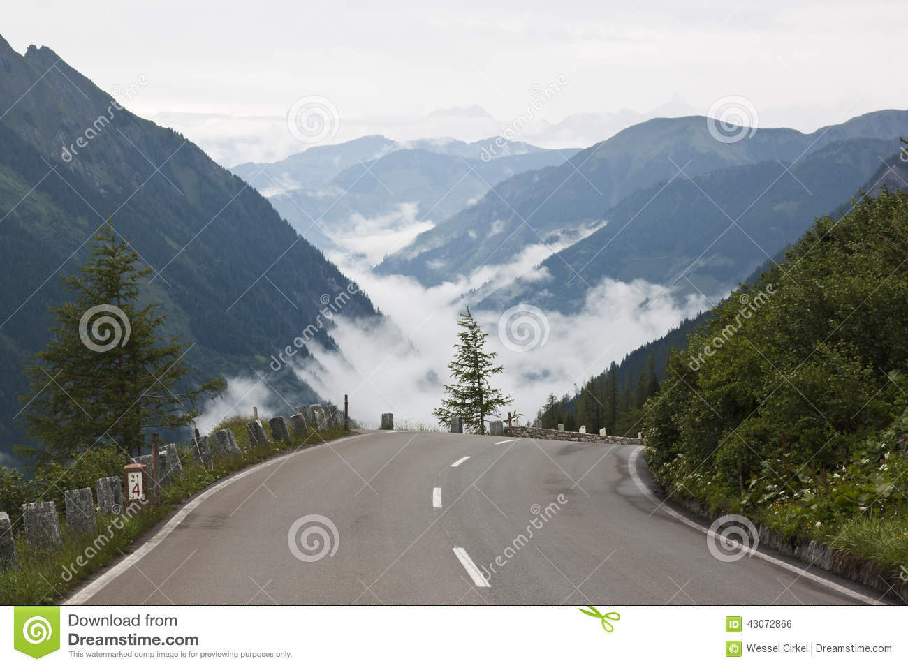 Grossglockner High Alpine Road In Tyrol, Austria Stock Photo.