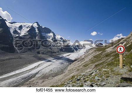 Stock Image of Austria, Grossglockner Mountain, Johannisberg.