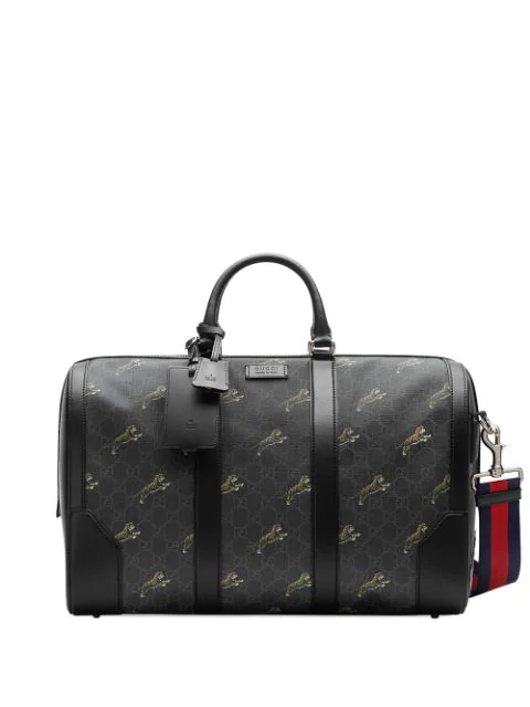 Gucci Logo Print Duffel Bag.