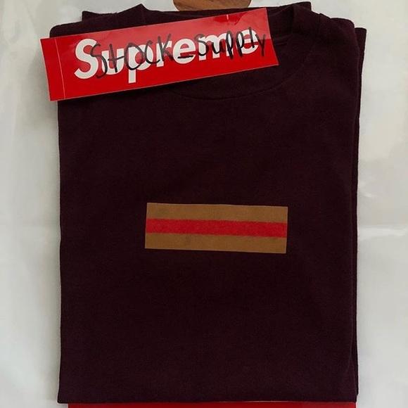 Supreme Gucci box logo.