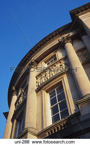 Pictures of Curved Pediment on Bath Guildhall UK uni.