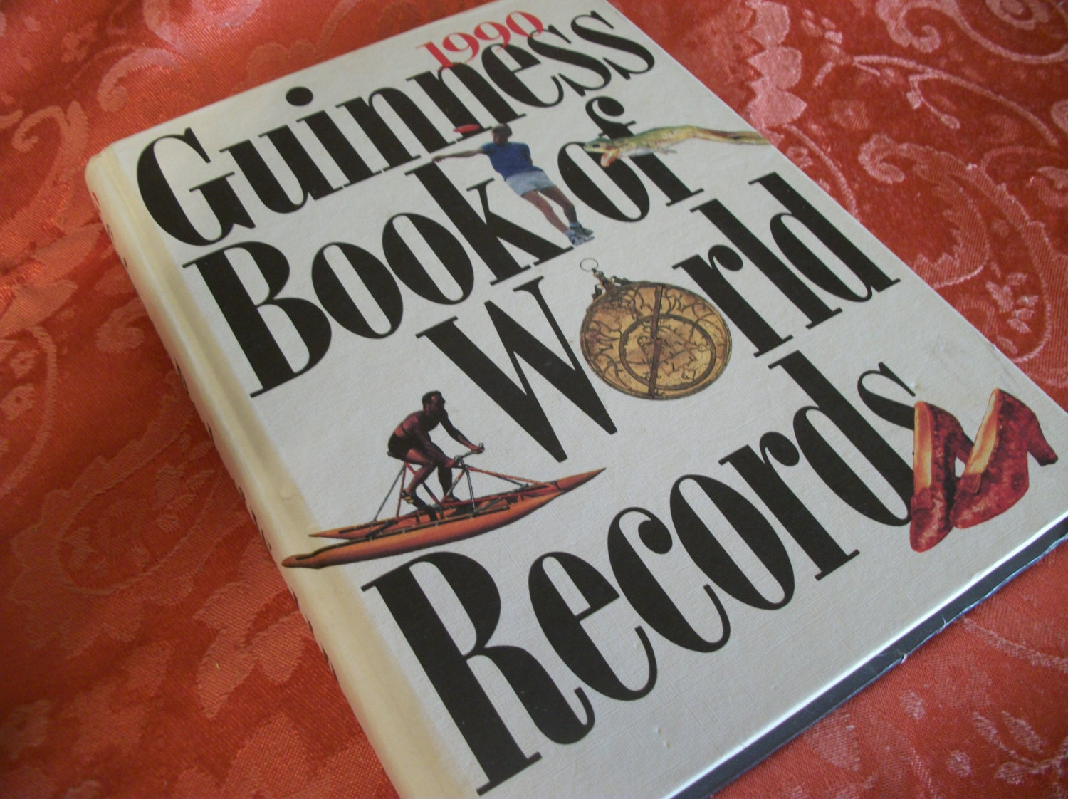 Guinness Book of World Records 1990 Hardback by TKSPRINGTHINGS.